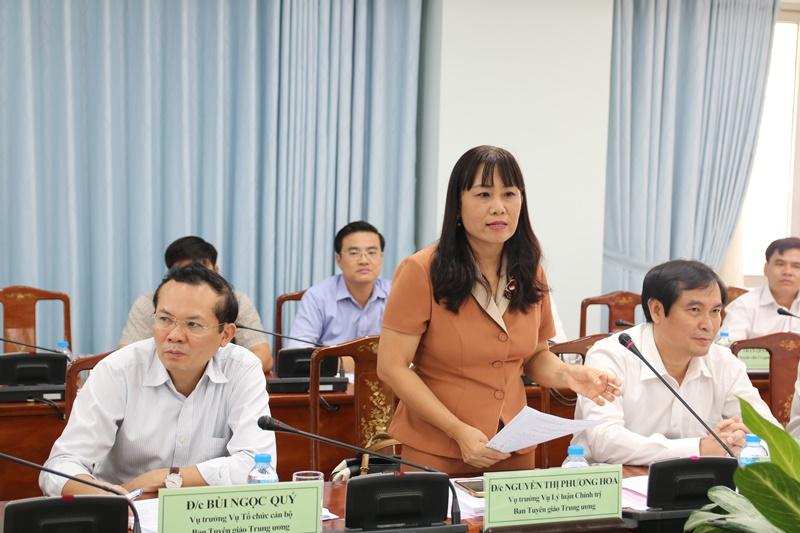 Đồng chí Nguyễn Thị Phương Hoa, Vụ trưởng Vụ Lý luận chính trị khẳng định sự cần thiết việc tổ chức các lớp bồi dưỡng